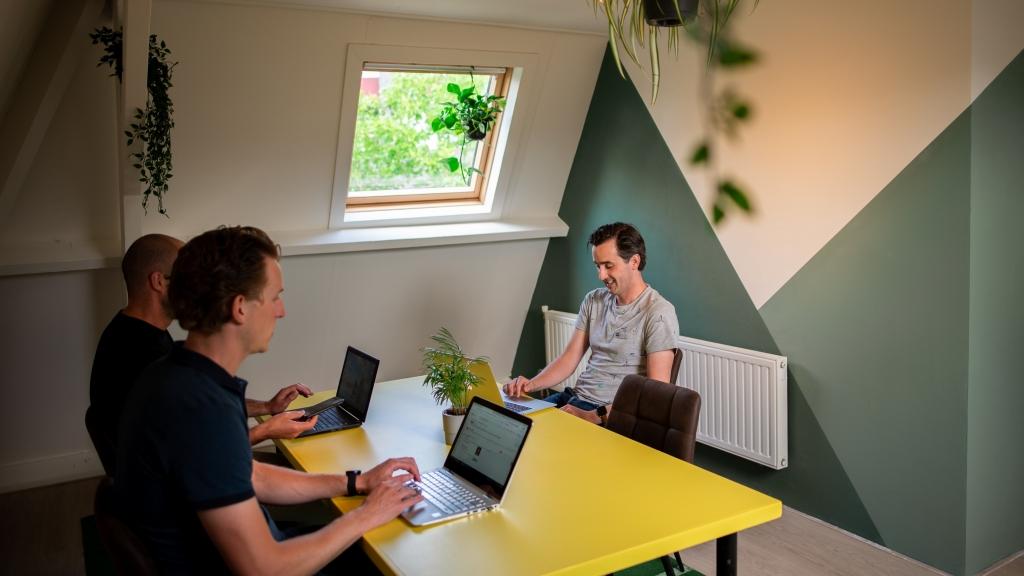 Coworking Tilburg 1Up - Flexplek te huur